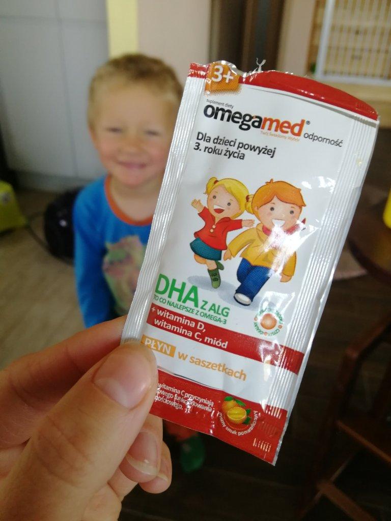 Omegamed jest nie tylko zdrowe, ale i smaczne. Ten uśmiech świadczy sam za siebie!