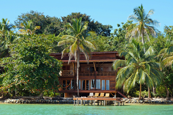 3 Things to Consider Before Buying a Vacation Home Abroad