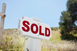 Buying Land to Build a New Home On? Don't Forget These Three Important Considerations