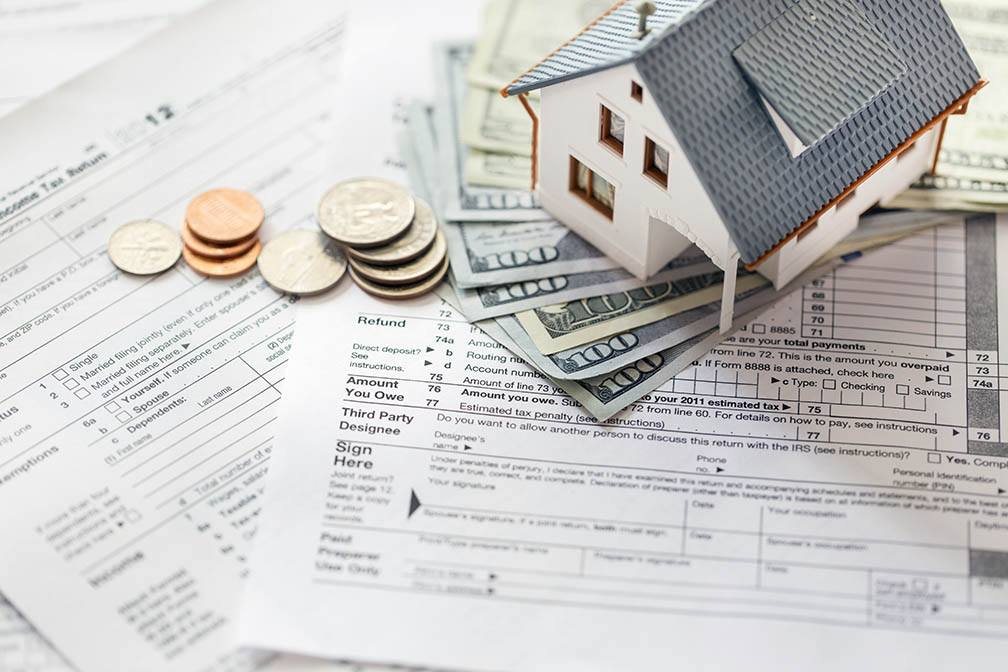 Buying a Home on a Single Income? 3 Budgeting Tips That Will Make Things Easier