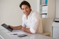 The Pros and Cons of Paying Your Mortgage off Biweekly Versus Monthly