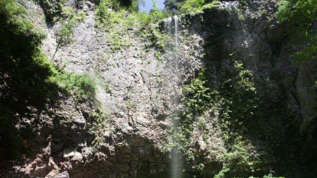 壇鏡の滝 Dangyo Falls