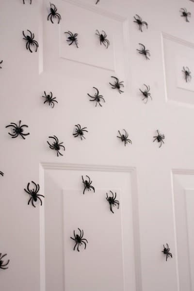 Dollar Store Halloween Decorations - Magnetic Spiders