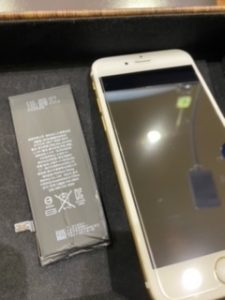 iPhone6 バッテリー交換 【鳥栖市からのご来店】