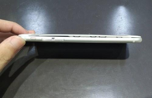 iPhone8の劣化したバッテリー