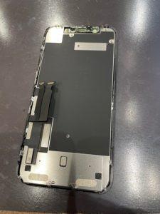 iPhoneXRガラス割れ交換修理