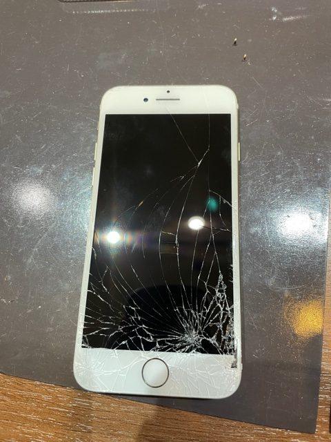 宝塚市より iPhone6s 画面交換修理 t