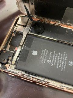 水にiPhoneが浸かってしまったら・・・?