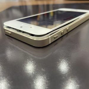 iPhone5s画面真っ二つ