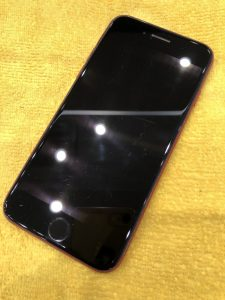 iPhone8ガラスコーティング前面施工