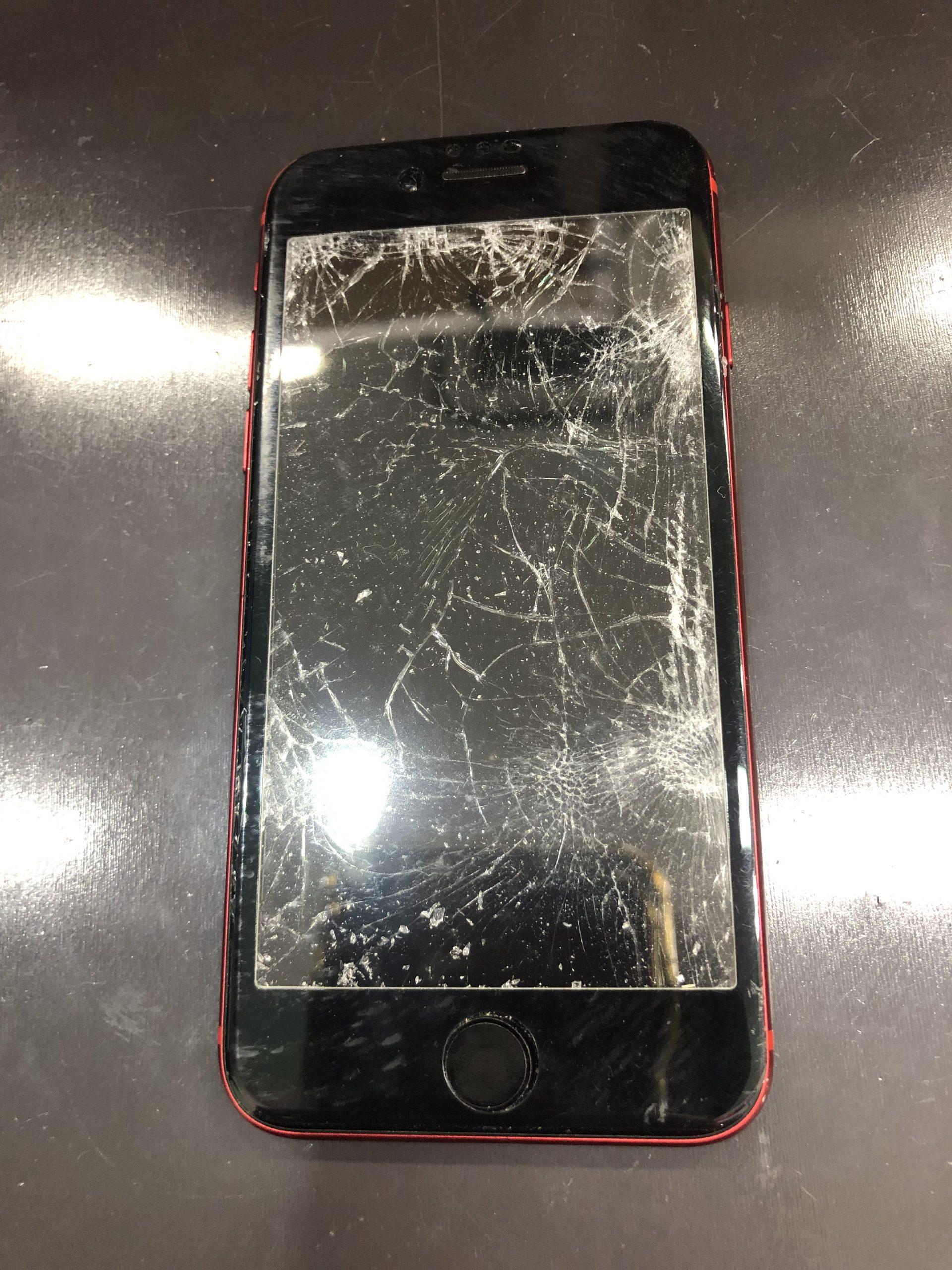 iPhoneなどの画面保護はやりすぎぐらいがちょうどいい