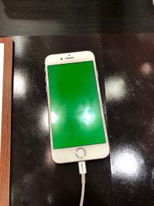 iPhoneグリーンスクリーン