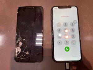 液晶パネルを交換したiPhoneXs