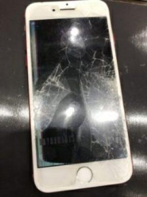 iPhone 画面割れ ヒビ割れ