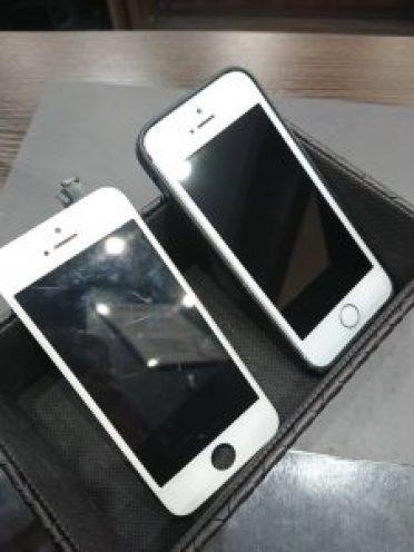アイフォンSE 画面交換 ガラス交換 液晶交換