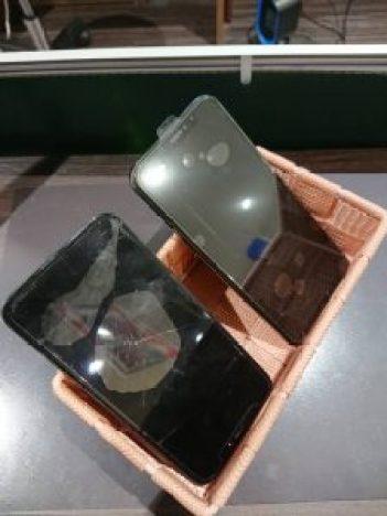 アイフォンXS ガラス交換 液晶交換