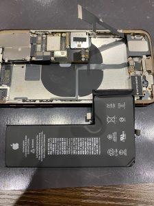 IPHONEイレブンプロ電池交換