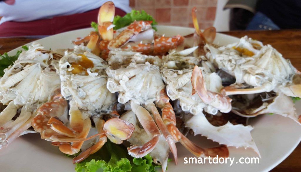 Eating Thasala Seafood By The River Nakhon Si Thammarat_Crabs