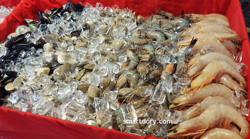 Lone Pine Hotel Seafood Promotion