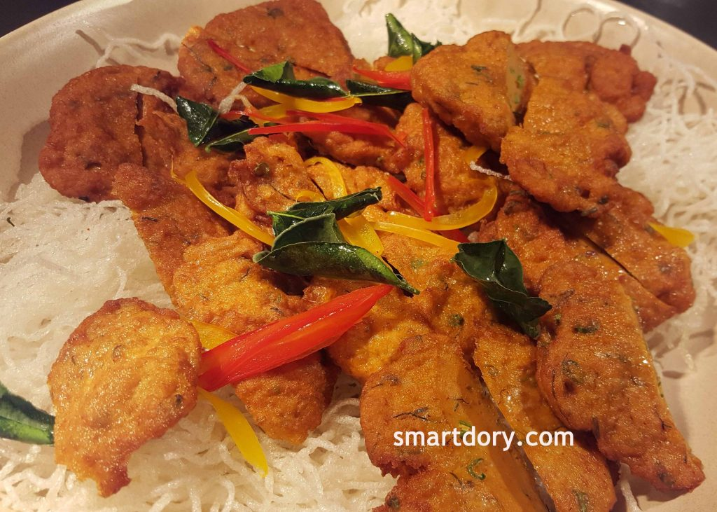 Spicy Fried Fish Cakes'Tod Man Pla'_smartdory