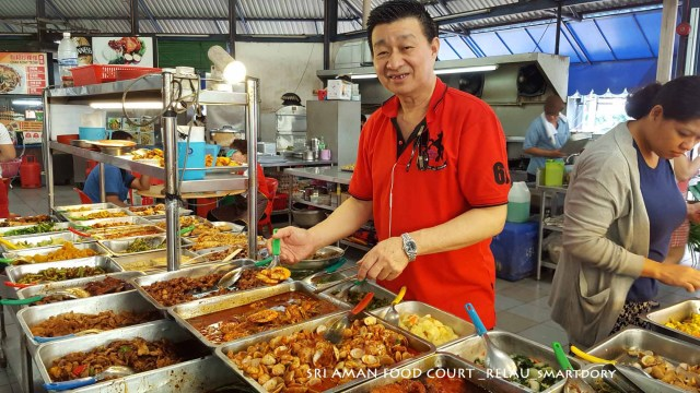 Economy Rice Lunch At Sri Aman Food Court Relau, Penang