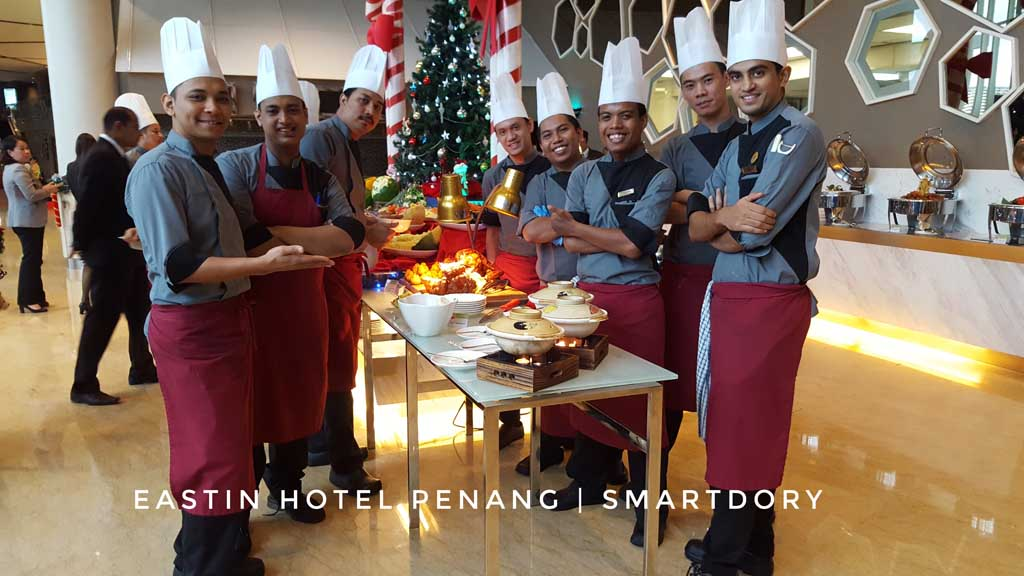 Christmas Eve & Christmas Day Buffet Dinner At Eastin Hotel