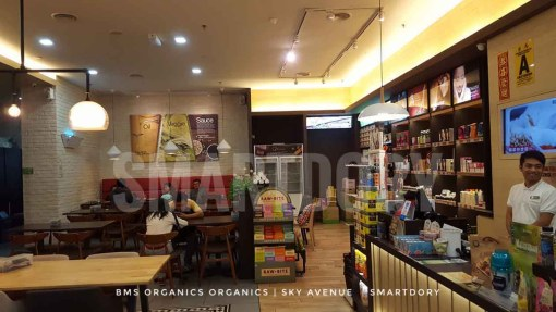 Don't Panic Go BMS Organics Healthy Food Cafe Sky Avenue_Interior