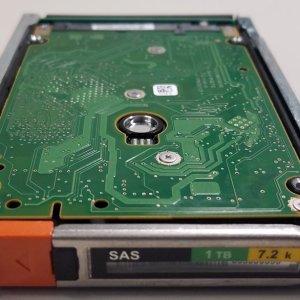 """EMC 005050550 V4-2S07-010 1TB 2.5"""" 7.2K SAS"""
