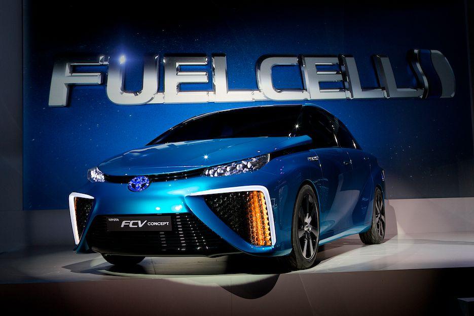 Toyota CES FCV 01 2014