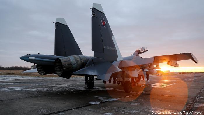 Aviões de guerra russos realizam exercícios no Mar Negro