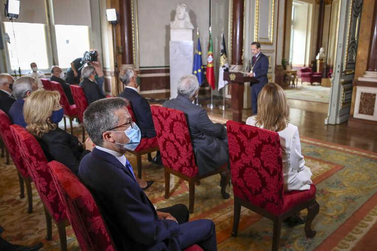 """Carlos Moedas realça """"toda a dignidade"""" na transição da presidência da Câmara de Lisboa"""