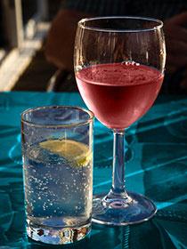 Wasser zum Wein - aber welches?
