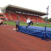Y8 Gateshead athletics high jump