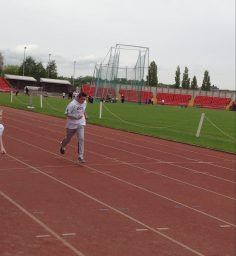 Y8 Gateshead athletics run