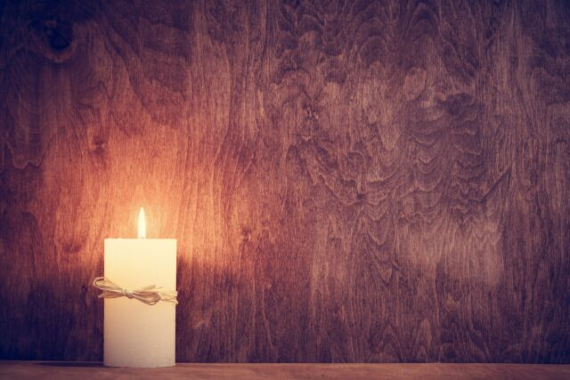 How to Remove Candle Wax from Wooden Floor