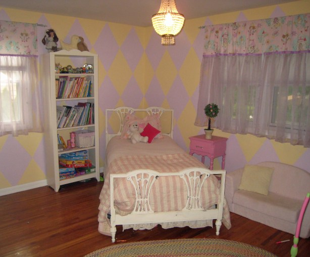 Old Room (yellow)