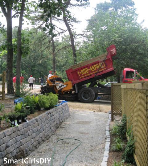 Pouring asphalt driveway