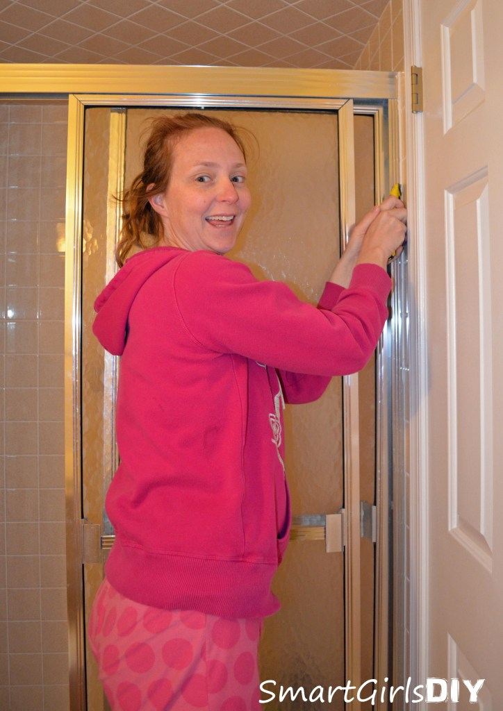 Smart Girls DIY - Removing shower doors in PJ's