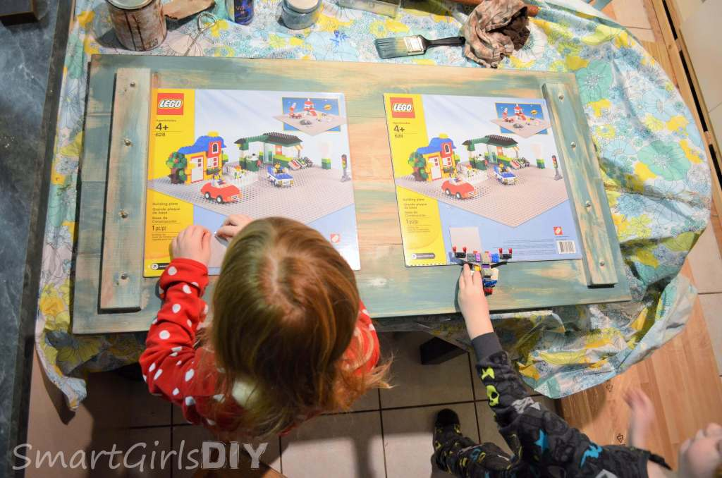 How to build a DIY Lego coffee table tray