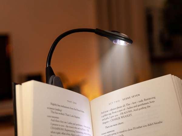 Spralla LED-læselampe med Klemme
