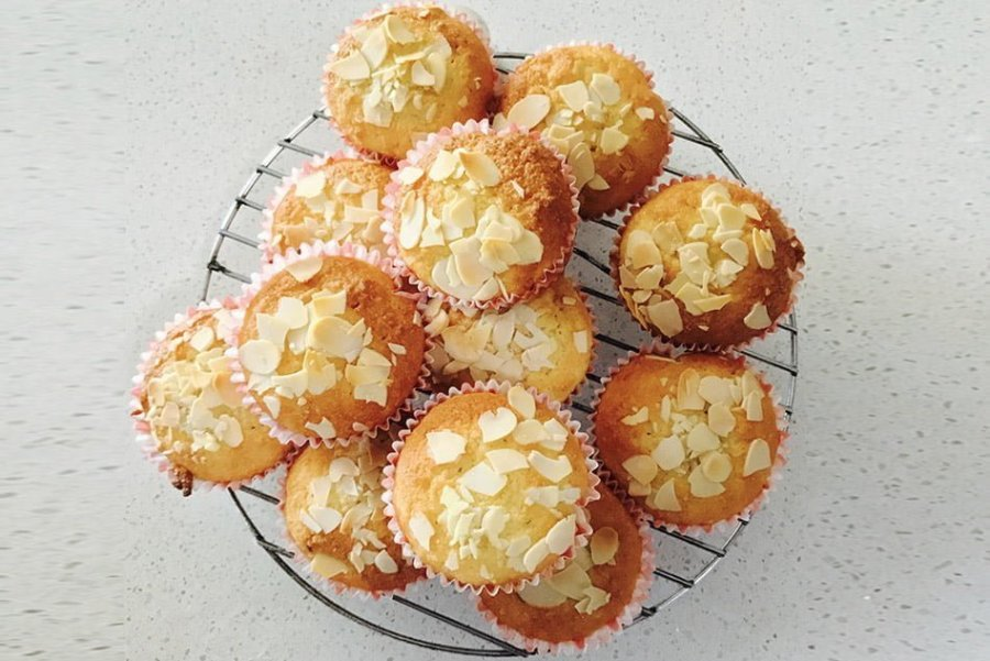 Low Carb Cup Cakes