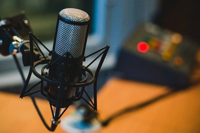 produce podcasts