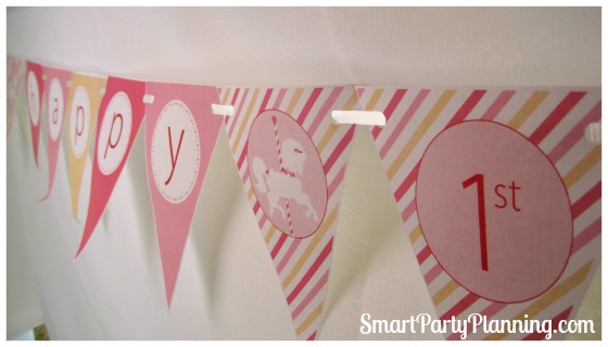 Carousel birthday party decorations