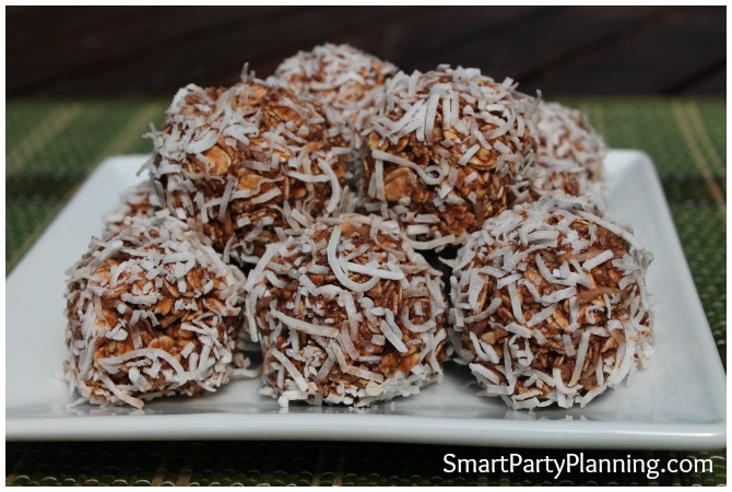 It can be difficult finding desserts that are healthy for you, but problem solved with these delicious chocolate coconut balls.  They are sugar free without any nasty fats, and they are super filling too!  They are great healthy snacks that the whole family will enjoy.  This is definitely going to be one of your 'go to' recipes for lunch box fillers!