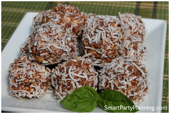 Healthy Chocolate Coconut Balls