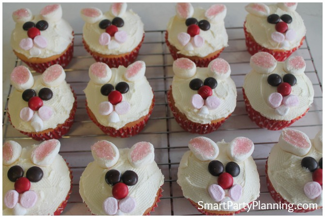 Bunny cupcakes cheeks and teeth
