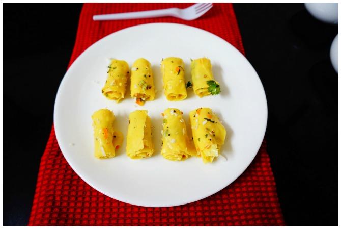 Easy Khandvi Recipe