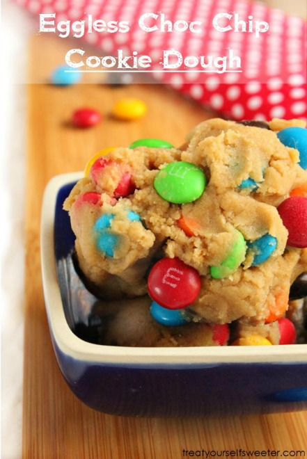 EGGLESS-CHOC-CHIP-COOKIE-DOUGH-with-text