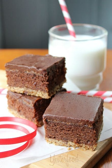 Triple Layer Oatmeal Cookie Brownies