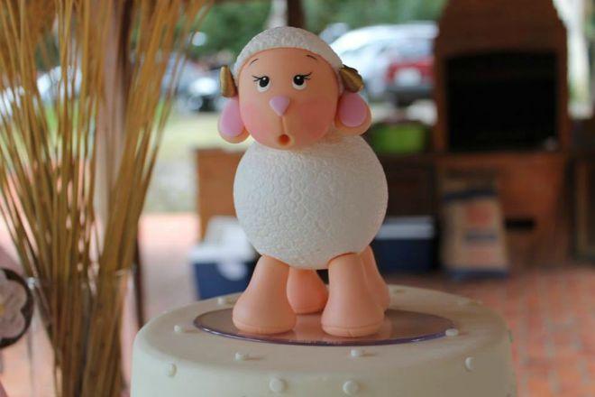 Lamb cake topper